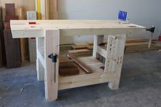 Split-Top Hybrid Roubo Workbench – The Fameless Woodworker Workbench Designs, Woodworking Workbench, Fine Woodworking, Woodworking Projects, Wood Projects For Beginners, Scrap Wood Projects, Carpenter Work, Window Benches, Craftsman Kitchen