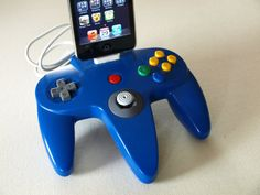 iPhone Dock - Nintendo 64 Controller #upcycled #oldgames