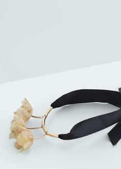 Bow crystals necklace - Jewellery for Woman   MANGO Slovenia
