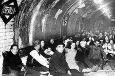 El metro de Madrid fue usado como refugio antiaéreo durante la guerra civil.