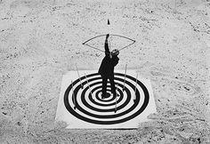 L'univers « philosophico-humoristico-angoissé » de Gilbert Garcin, alias Mister G. (Le coeur de la cible, 1998)