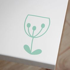 """Le zip """"Fleur Olga"""" contient les fichiers téléchargeables, compatibles avec les machines de découpe Scanncut, Silhouette Portrait et Caméo ."""
