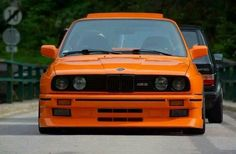 BMW E30 M3 orange