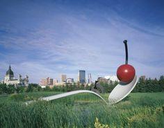 Spoonbridge and Cherry, Claes Oldenburg