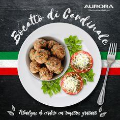 ¡Bocatto di Cardinale! - Albóndigas de cordero con tomates gratinati. Ingredientes: - 640 grs de albóndigas - 8 tomates  - 4 anchoas - 2 cdas de alcaparras - Orégano y perejil - Pan rallado - Aceite de oliva Preparación: 1) Triturar el perejil, las alcaparras, las anchoas y el pan rallado. 2) Rellenar los tomates con la mezcla. 3) Rociarlos con aceite de oliva y meterlos al horno a 180° por 15 min. 4) Empanizar las albóndigas y cocinarlas. 5) Servir con los tomates y decorar con perejil.