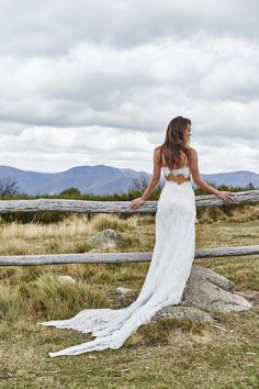 Grace Loves Lace Wedding Dress Collection | Bridal Musings Wedding Blog 27