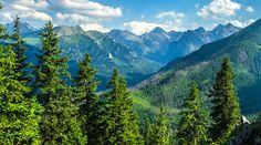 Slovenské hory v okolí Zvolena. Nízke Tatry, Veľká Fatra, Štiavnické vrchy, Poľana sú horské útvary, ktoré obklopujú toto nádherné mesto v centre Slovenska. Reliéf krajiny modelovala rieka Hron, ktorá vteká do Zvolena zo severu (od Banskej Bystrice) a smeruje ďalej do Dunaja. Mesto, Mountains, Nature, Travel, Naturaleza, Viajes, Destinations, Traveling, Trips