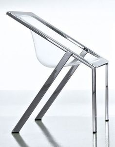 FRAME - minimalist design chair silla vidrio metal transparente .principio de la otra