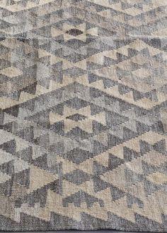 Adlink - Kelim wool rug