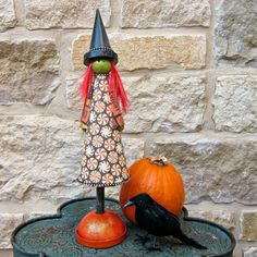 How to Make a Cute Halloween Witch with Martha Stewart Decoupage - Morena's Corner