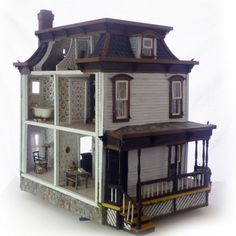 A Strange House  strange_360
