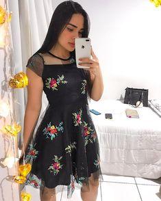 Short Frocks, Girls In Mini Skirts, Church Outfits, Super Cute Dresses, Girl Fashion, Womens Fashion, Lace Design, Ideias Fashion, Party Dress