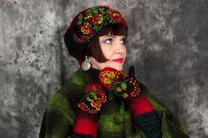 Black red felt beret Felted wool cap Needle felted ornament Woolen hat Russian style KHOKHLOMA ornament Artistic headpiece OOAK Bohemian by FeltZeppelin on Etsy