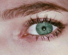 When I see ur eyes . Beautiful Eyes Color, Pretty Eyes, Green Eyes, Blue Eyes, Living In London, Aesthetic Eyes, Eye Photography, Wow Art, Life Is Strange