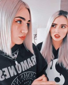 Sabrina Spellman, T Shirts For Women, Fashion, Teen Guy Fashion, Celebrity Guys, Cute Drawings Tumblr, Cute Tumblr Guys, Teenager Photography, Sketch Books