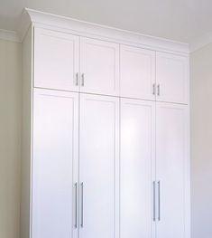 Linc Room - 1PB door style with 2-pack painted finish in white