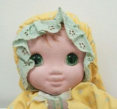 (1986) Jammie Pies Pie Yellow Playskool Ditty Baby Plush Doll Hallmark - EYELET LACE!!!! My Doll had it; so does this Playskool doll. Only 80s soft doll I've seen with it. My doll's was white. More evidence for Playskool!!