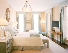 Bardes-interiors-portfolio-interiors-traditional-transitional-living-room-vignette