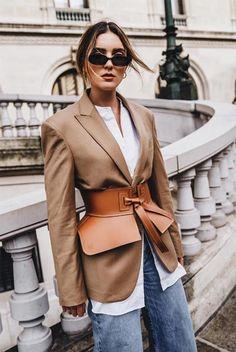 Fashion Belts, Look Fashion, Fashion Outfits, Fashion Trends, Fashion Goth, Looks Chic, Looks Style, Bustier Lingerie, Black Women Fashion
