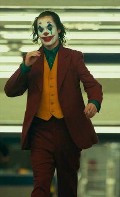 Very very handsome. Superhero Wallpaper Hd, Joker Hd Wallpaper, Joker Wallpapers, Joker Film, Joker Art, Joaquin Phoenix, Marvel Avengers Movies, Marvel Dc, Joker Phoenix