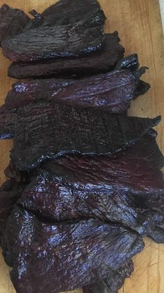 36 Delicious Beef Jerky Recipes to Satisfy Your Snack Cravings - Page 2 of 2 36 Delicious Beef Jerky Recipes to Satisfy Your Snack Cravings in Fall recette viande Simple Beef Jerky Recipe, Homemade Beef Jerky, Smoked Beef Jerky, Venison Jerky, Smoked Jerky Recipe, Jerkey Recipes, Beef Recipes, Snacks Recipes, Cookbook Recipes