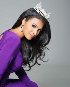 Miss America 2014 Nina Davuluri (New York)
