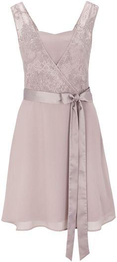 Kleid mit Spitze im Layer-Look von S.OLIVER PREMIUM bei ABOUT YOU