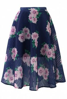 Navy floral skirt ~ I'm wanting too many skirts from this store!