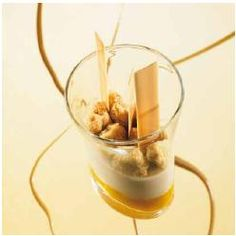 Dulcey and Exotic Marmalade Panna Cotta, an original recipe by l'Ecole Valrhona Pastry Chefs with DULCEY 32%!