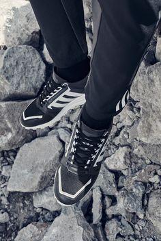 ec435a9cf5f4 White Mountaineering x adidas Originals Formel 1 Sneaker Magazine
