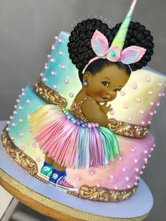 TAG someone who loves unicorns and princesses! Im in love with this little unicorn princess! I decided to do something different and add a little Pretty Cakes, Cute Cakes, Beautiful Cakes, Amazing Cakes, Gateau Baby Shower, Baby Shower Cupcakes, Shower Cakes, Bolo Fack, Edible Printing