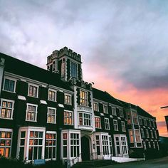 From our friends at Loughborough @lborouniversity - A very regal Hazlerigg building in last night's incredible sunset. Thanks to @josephc00k for this photo #loughborough #lborouniversity #loughboroughuni #lufbra #lboro #sunset #spring #evening #nighttime #uk #england #university #architecture #goviewyou