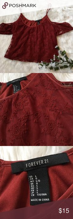 Forever 21 maroon lace cold shoulder crop top Adjustable straps, lace overlay with lining, perfect condition Forever 21 Tops Crop Tops