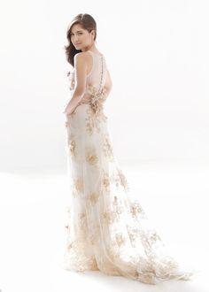 Fashion Friday: Julianne Syjuco