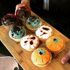The Local had some boo-tiful treats today to celebrate #Halloween. Our Baking & Pastry Management students Abigaile and Paula show off the spook-tacular graveyard, Frankenstein, brain and pumpkin #cupcakes 🎃 🕷 👻 🍰 #HappyHalloween #omnomnom #baking #tastytuesday #tastytreats #delectabledelights #cupcakesofinstagram #centennialcollege