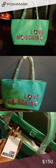 Moschino new bag still with tags Moschino Bags Shoulder Bags