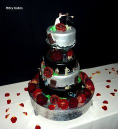 Funny Wedding Cakes With Roses