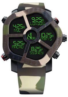 ジェイコブ 腕時計ゴースト コピー JC-GST-CAMOGR ムーブメント クオーツ(32,768Hz;220ppm) デジタル表示 GPS機能付(日付・時刻調整) リチウムポリマー電池(3.7V 80mAh) ケース ステンレススチール(ブラックPVD) ベゼル交換可能(2時と7時のボタンを同時に押して着脱) 交換用プレーンベゼル付属 サイズ 47mm ダイヤル LCDスクリーン 7色(赤、オレンジ、黄、緑、青、紫、白)ディスプレイ 予め設定した20都市の時刻を表示