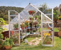 Przydomowa szlarnia: sposób na zdrowe warzywa i owoce od wiosny do późnej jesieni fot. Szklarnia Balance firmy Palram