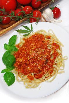 Bavette w mocnym sosie pomidorowym z indykiem i suszem konopi Super Silver Haze - Dieta Super Silver Haze Diet - Galeria - Trawka.org