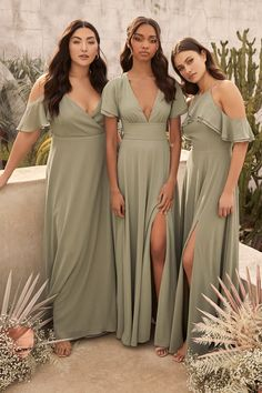 Sage green dresses for bridesmaids under $100. (affiliate link) #bridesmaiddresses #weddings #bridal #bridesmaiddress #budgetwedding #affordabledress #sagegreenwedding #weddingcolors #weddingplanning #greenbridesmaiddresses #sagegreen Bridesmaid Dresses Under 100, Champagne Bridesmaid Dresses, Wedding Dresses, Bridesmaid Dresses Sage Green, Sage Dresses, Bohemian Bridesmaid Dresses, Different Bridesmaid Dresses, Beach Bridesmaids, Bridesmade Dresses