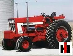 International Tractors, International Harvester, Vintage Tractors, Vintage Farm, Farmall Tractors, Tractor Pulling, Red Tractor, Classic Tractor, Farm Toys