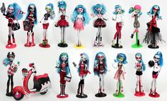 a Ghoulia collection and a few custom dolls