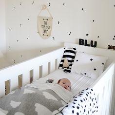 Monochrome Nursery #monochrome #kidsroom #nursery #blackandwhite
