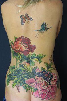Back tattoo women lower tattoos – # – Tatto Time Back Tattoos Spine, Spine Tattoos For Women, Girl Back Tattoos, Back Tattoo Women, Cover Up Tattoos, Lower Back Tattoos, Tribal Tattoos, Tattoos Skull, Body Art Tattoos
