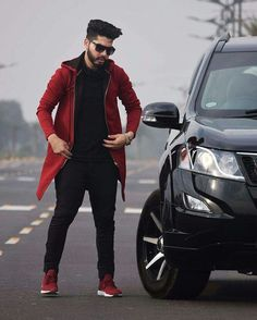 Downtown Photography, Photography Poses For Men, Fashion Photography, Photo Poses For Boy, Boy Poses, Handsome Indian Men, Handsome Boys, Boys Dressing Style, Best Poses For Men