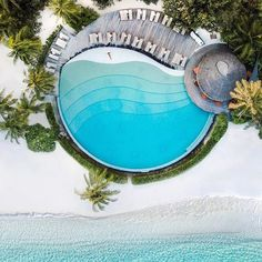 On the island of Dhidhoofinolhu, the aptly-named LUX* South Ari Atoll offers a perfect balance of indulgent pampering and action-packed adventure. Get our list of the best all-inclusive resorts in the Maldives at the link in bio! Pool Images, Pool Picture, Maldives Resort, Beautiful Pools, Dream Pools, Swimming Pool Designs, Cool Pools, Travel And Leisure, Hotels And Resorts