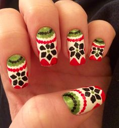 It's that time of the year again...Christmas nails!