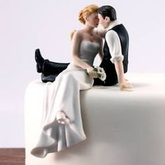 Romantic Bride and Groom Wedding Cake Topper Couple Hug Kiss Bridal Decoration Hand Painted Porcelain Cake Topper (Bride and Groom on Cake) Image 1 of 6 Wedding Groom, Wedding Couples, Bride Groom, Wedding Ideas, Wedding Engagement, Wedding Rings, Anniversary Cake Designs, Wedding Anniversary, Beach Cake Topper