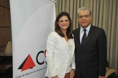 Com auditório do Sindseg MG/GO/MT/DF lotado de profissionais do mercado,  o Clube de Seguros de Pessoas de Minas Gerais (CSP-MG) recebeu, no dia 21 de setembro, a presidente da Federação Nacional